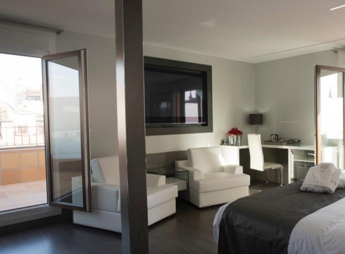 Los beneficios de los sofás cama para hostels y albergues