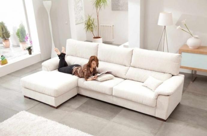 Ideas para sacarle mejor provecho a tu sofá en el salón