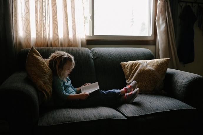 Qué tener en cuenta para elegir el sofá para la habitación de tus hijos