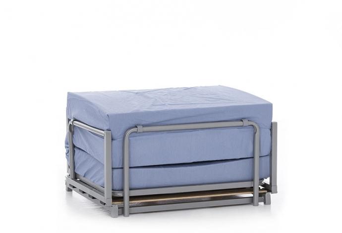 Puff cama , una solución económica a un problema de espacio
