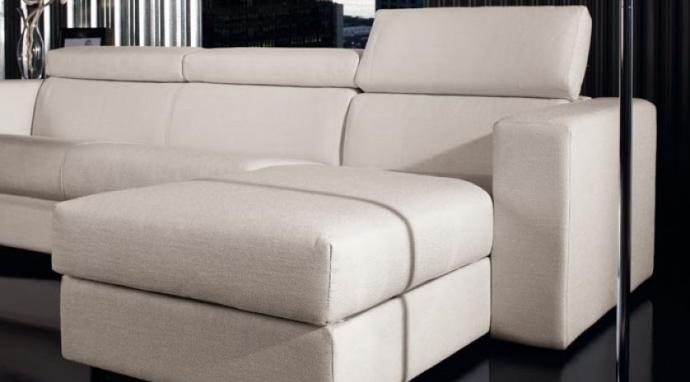 Sirven los sof s cama chaise longue tambi n para un sal n - Chaise longue pequeno ...