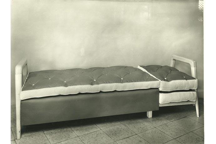Historia sof s camas cruces sofas cama cruces - Fabricar cama abatible ...