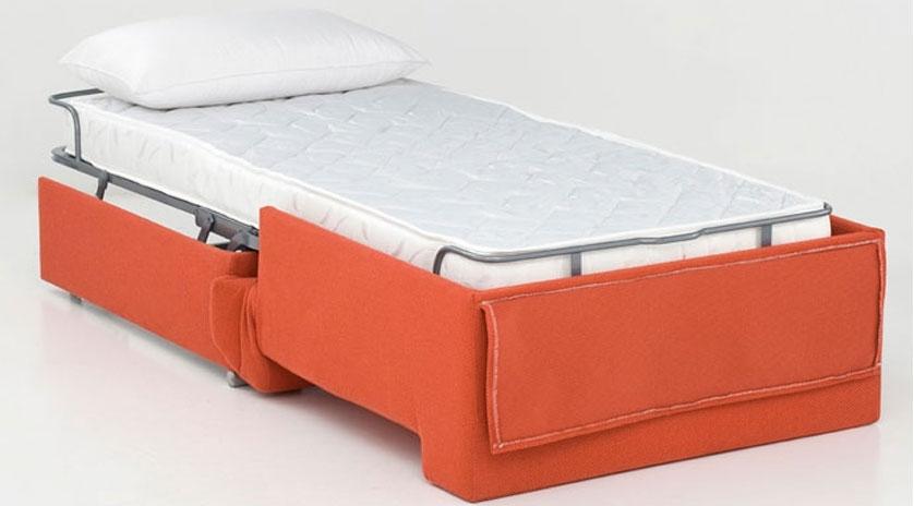 Sillón cama pequeño abierto