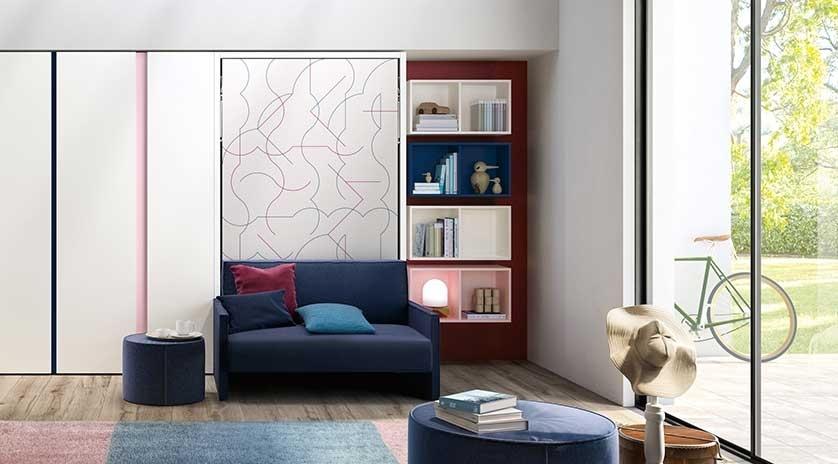 mueble cama abatible individual con sofá delante