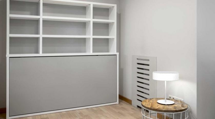 Mueble cama abatible de 90 x 190 lacado.