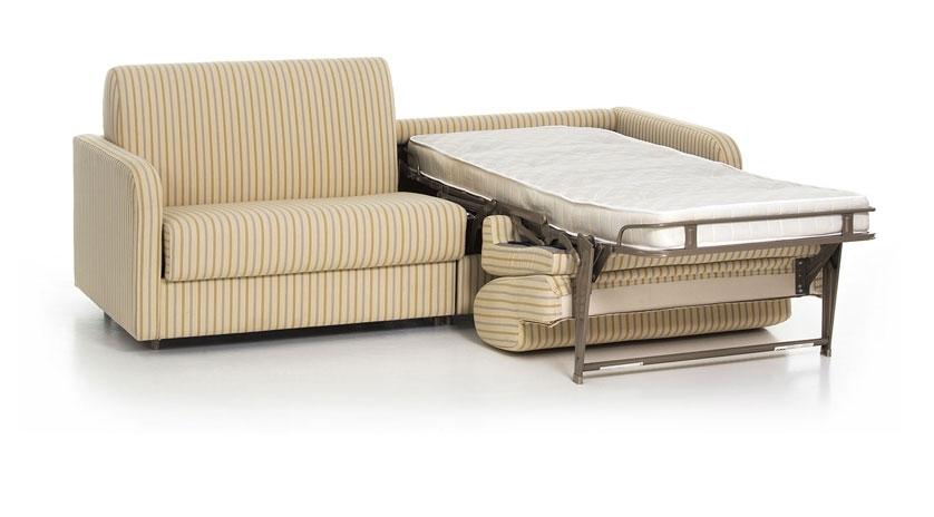 Sofá de dos camas una cama abierta