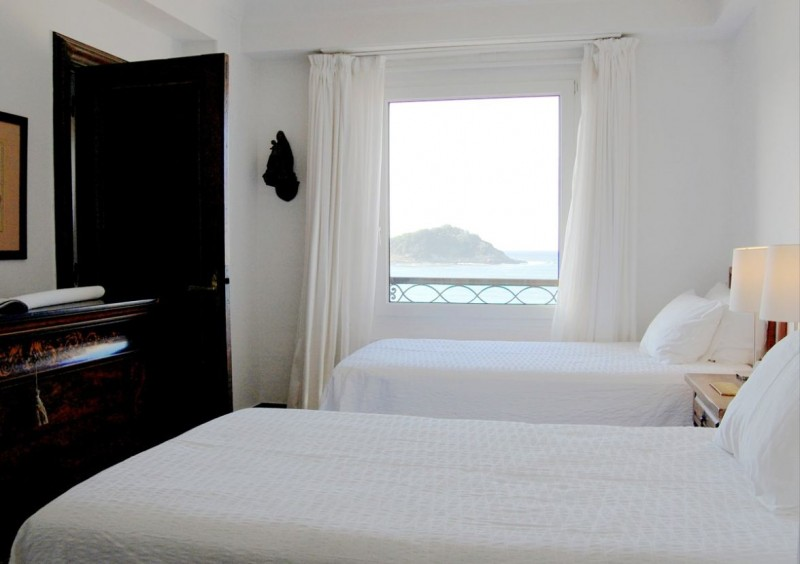 Sofa cama bonito cama con palets decorar con un bonito for Sofa cama bueno bonito y barato